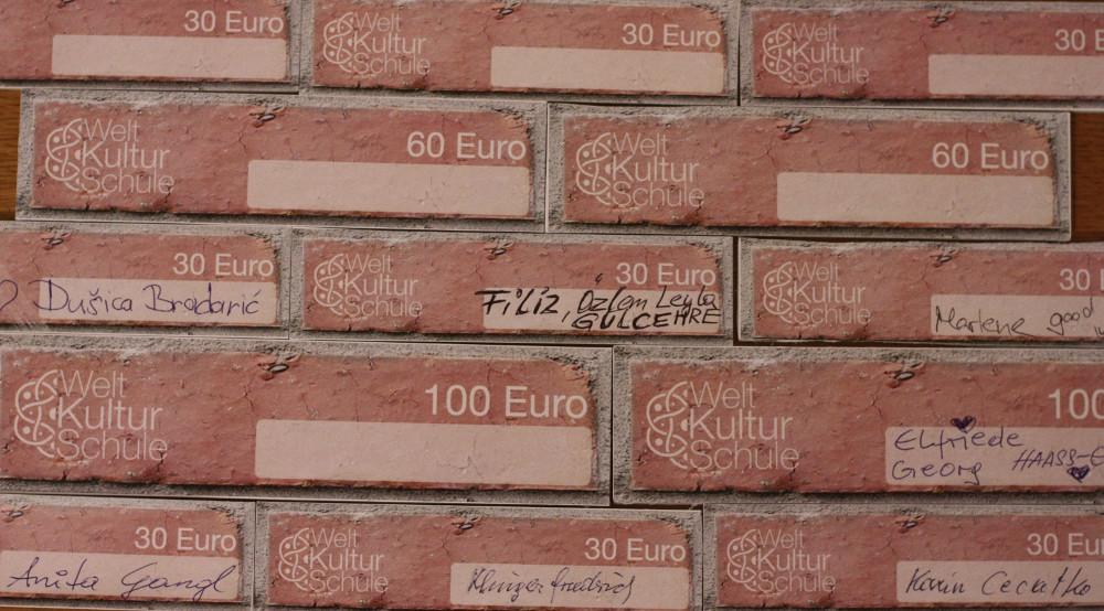20161202_weltkulturbausteinmauer(c)weltkulturschule